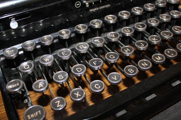 twospoke-typewriter-8.jpg